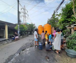 DPRD Beri Apresiasi, Inisatif PDAM Surya Sembada Distribusikan Air Ke Warga Surabaya
