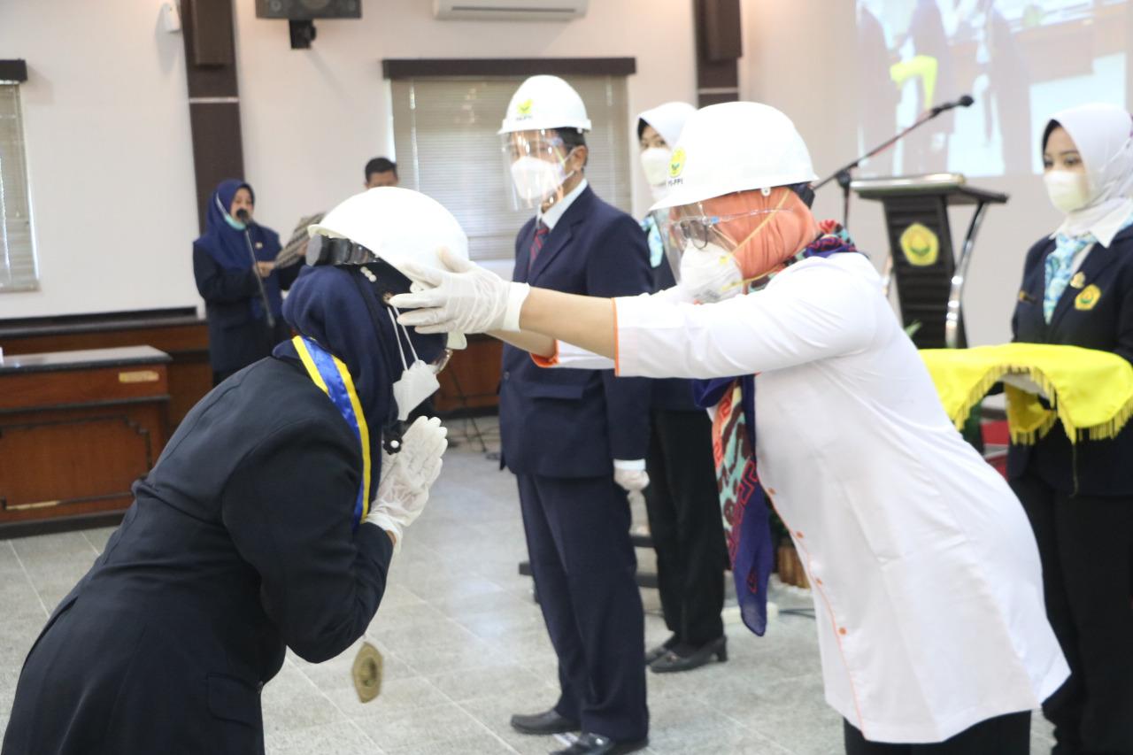 Fakultas Teknik Universitas Jember Lantik 26 Insinyur Baru