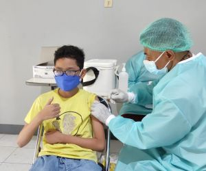 Universitas Jember Gelar Vaksinasi Covid-19 untuk Anak